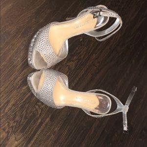Silver Gianni bini peep toes